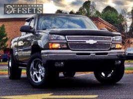 2006 Chevrolet Silverado 1500 - 20x10 -25mm - Ultra Predator - Leveling Kit - 305/55R20