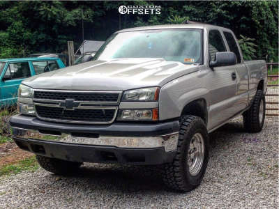 "2006 Chevrolet Silverado 1500 - 17x9 -12mm - Pacer Lt - Suspension Lift 3"" - 285/70R17"