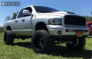 "2004 Dodge Ram 1500 - 20x14 -76mm - Fuel Maverick - Suspension Lift 6"" & Body 3"" - 37"" x 13.5"""