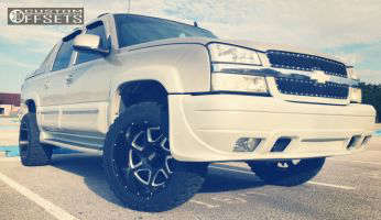 """2006 Chevrolet Avalanche - 20x12 -44mm - Moto Metal MO976 - Leveling Kit - 33"""" x 12.5"""""""