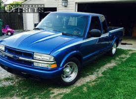"2000 Chevrolet S10 - 16x7 0mm - Billet Specialties 0.05 - Lowered on Springs - 27"" x 7.5"""