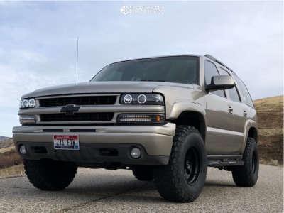 2003 Chevrolet Tahoe - 16x10 -25mm - American Racing Ar172 - Leveling Kit - 285/75R16