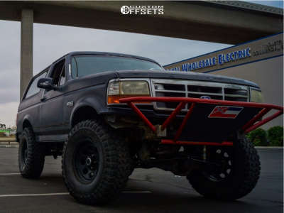 """1993 Ford Bronco - 16x6 0mm - Art In Motion Ma1 - Stock Suspension - 37"""" x 12.5"""""""