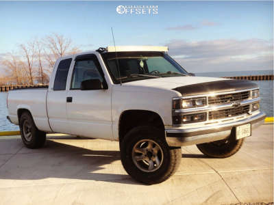 "1998 Chevrolet C1500 - 16x8 0mm - American Racing Ar136 - Suspension Lift 4"" - 285/75R16"