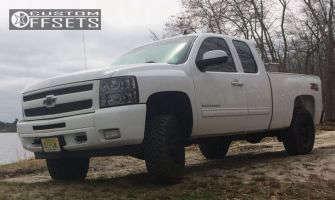 "2010 Chevrolet Silverado 1500 - 17x9.5 0mm - American Outlaw Hollywood - Suspension Lift 3"" - 33"" x 9.5"""