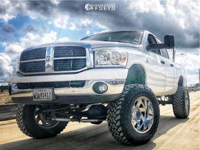 "2007 Dodge Ram 2500 - 20x12 -44mm - Moto Metal Mo988 - Suspension Lift 5"" - 37"" x 13.5"""