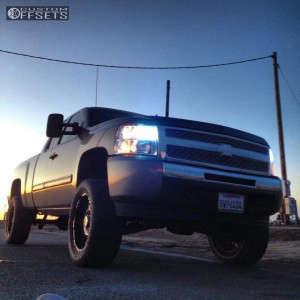 "2009 Chevrolet Silverado 1500 - 20x10 -4mm - Pro Comp N/A - Suspension Lift 4"" - 305/55R20"
