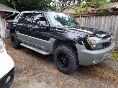 2002 Chevrolet Avalanche 1500 - 17x9 1mm - Fuel Shok - Leveling Kit - 285/70R17
