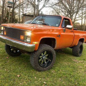 "1984 Chevrolet K10 Pickup - 20x12 -44mm - Moto Metal Mo200 - Suspension Lift 4"" - 35"" x 12.5"""