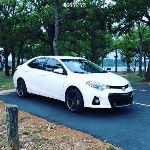 2016 Toyota Corolla - 18x9 35mm - JNC Jnc026 - Stock Suspension - 235/35R18