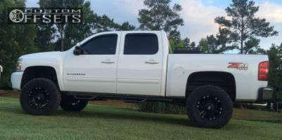 "2010 Chevrolet Silverado 1500 - 18x9 18mm - Xd Monster - Suspension Lift 4"" - 285/75R18"