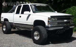 """1998 Chevrolet K1500 - 15x12 -73.66mm - Weld Racing T53 - Suspension Lift 6.5"""" - 36"""" x 14.5"""""""