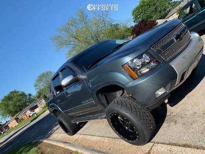 """2008 Chevrolet Avalanche - 20x12 -44mm - Rbp 66r - Suspension Lift 5"""" - 305/50R20"""