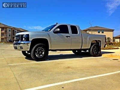 "2011 Chevrolet Silverado 1500 - 22x10 -24mm - Moto Metal MO964 - Suspension Lift 4"" - 33"" x 12.5"""