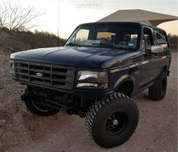 "1995 Ford Bronco - 15x10 -44mm - Pro Comp Series 51 - Body Lift 3"" - 35"" x 12.5"""