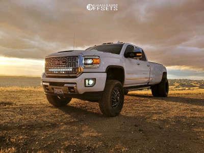 "2018 GMC Sierra 3500 HD - 20x8.25 -265mm - Fuel Triton - Suspension Lift 5"" - 295/65R20"