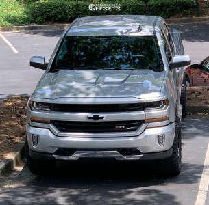 "2018 Chevrolet Silverado 1500 - 20x9 1mm - Fuel Sledge - Suspension Lift 4"" - 33"" x 12.5"""