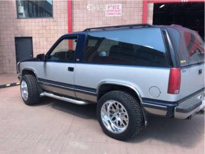 1994 Chevrolet Blazer - 20x12 -43mm - Fuel Titan - Stock Suspension - 305/50R20
