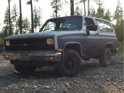 "1982 Chevrolet K5 Blazer - 15x8 0mm - U.S. Wheel Series 75 - Stock Suspension - 33"" x 10.5"""