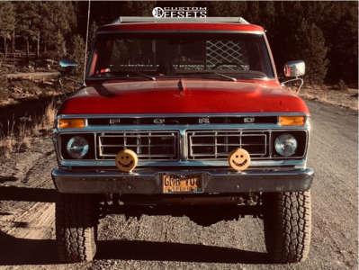 """1976 Ford F-250 - 16x8 0mm - U.S. Wheel Star - Stock Suspension - 35"""" x 12.5"""""""