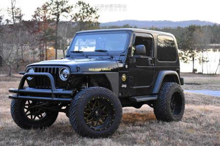 """2006 Jeep TJ - 20x12 -44mm - Xtreme Mudder Xm-313 - Suspension Lift 4"""" - 35"""" x 12.5"""""""