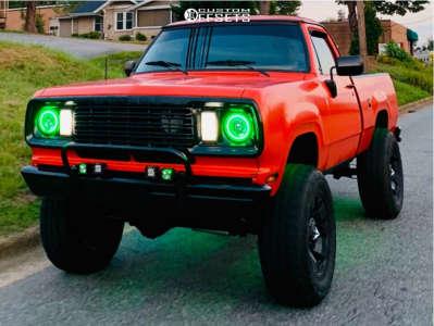 "1978 Dodge W200 - 20x10 -24mm - Xd Xd775 - Suspension Lift 4"" - 37"" x 12.5"""