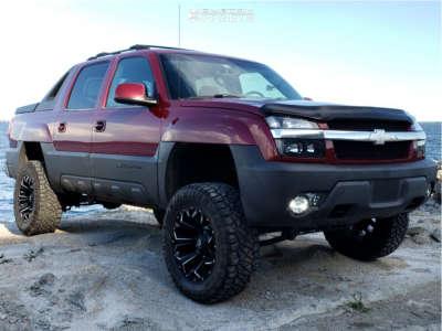 """2004 Chevrolet Avalanche 1500 - 20x10 -18mm - Fuel Assault - Suspension Lift 6"""" - 35"""" x 12.5"""""""