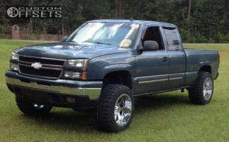 "2007 Chevrolet Silverado 1500 - 20x12 -44mm - Moto Metal MO962 - Suspension Lift 6"" - 33"" x 12.5"""