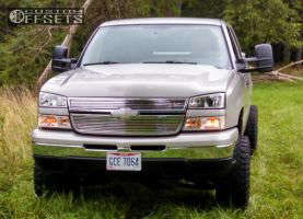 "2006 Chevrolet Silverado 1500 - 18x9 -12mm - Dick Cepek DC-2 - Suspension Lift 6.5"" - 35"" x 12.5"""