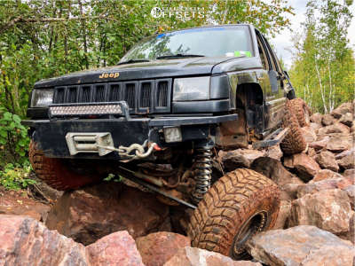 "1994 Jeep Grand Cherokee - 15x10 -44mm - Allied Rockathon - Suspension Lift 7"" - 35"" x 12.5"""