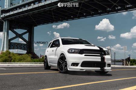 2018 Dodge Durango - 22x10.5 34mm - Velgen Split5 - Stock Suspension - 285/35R22