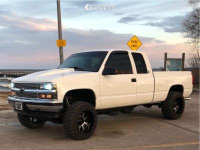 """1998 Chevrolet K1500 - 20x12 -44mm - Gear Off-Road Big Block - Suspension Lift 6"""" - 33"""" x 12.5"""""""