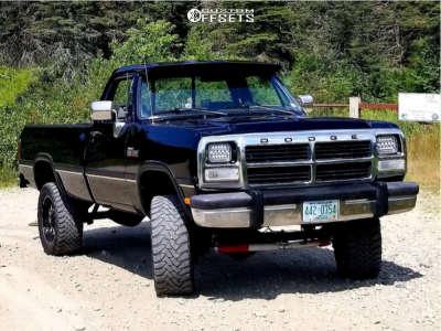 """1993 Dodge W250 - 20x9 0mm - Dropstars 645mb - Suspension Lift 3"""" - 33"""" x 12.5"""""""