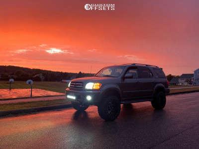 "2003 Toyota Sequoia - 20x12 -43mm - Fuel Vandal - Suspension Lift 2.5"" - 33"" x 12.5"""