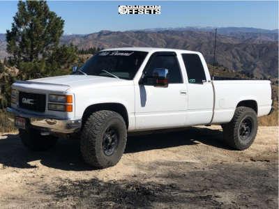 """1995 Chevrolet K1500 - 17x9 -12mm - Level 8 Tracker - Leveling Kit - 35"""" x 12.5"""""""