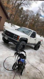 "1992 Chevrolet K1500 - 18x12 -44mm - Moto Metal Mo962 - Stock Suspension - 35"" x 12.5"""