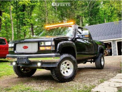 "1994 Chevrolet K1500 - 16x10 -25mm - Mickey Thompson Classic Iii - Suspension Lift 6"" - 33"" x 12.5"""