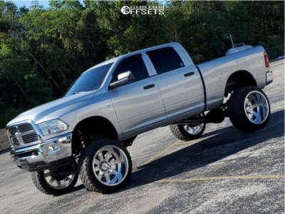 "2012 Dodge Ram 2500 - 26x16 -101mm - Moto Metal Mo402 - Lifted >12"" - 38"" x 15.5"""