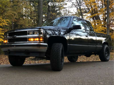1997 Chevrolet K1500 - 18x9 12mm - Ultra Machine - Leveling Kit - 275/70R18