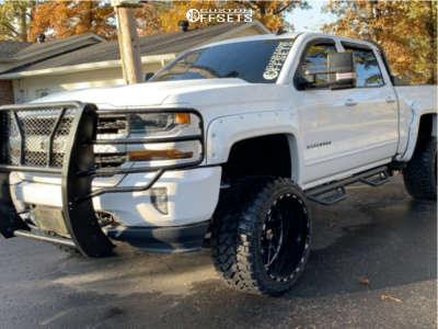 "2018 Chevrolet Silverado 1500 - 22x14 -76mm - Tis 544BM - Suspension Lift 6"" - 33"" x 14.5"""