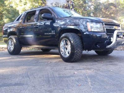 "2009 Chevrolet Avalanche - 20x12 -44mm - Moto Metal Mo969 - Stock Suspension - 35"" x 12.5"""