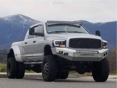 "2007 Dodge Ram 3500 - 17x6.5 116mm - Fuel Maverick - Suspension Lift 7.5"" - 37"" x 12.5"""
