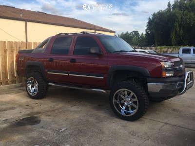 "2005 Chevrolet Avalanche 1500 - 22x12 -44mm - Gear Off-Road Big Block - Suspension Lift 6"" - 35"" x 12.5"""