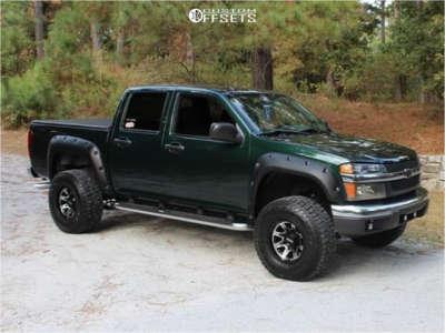 "2005 Chevrolet Colorado - 15x10 -44mm - Ultra Menace - Suspension Lift 2.5"" - 32"" x 11.5"""