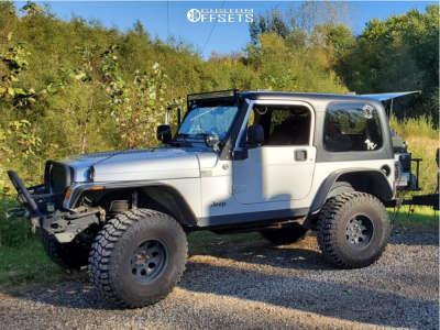 """2006 Jeep TJ - 15x8 -22mm - Mickey Thompson Classic Iii - Suspension Lift 3.5"""" - 35"""" x 12.5"""""""