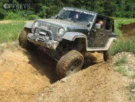 "2008 Jeep Wrangler - 17x9 -12mm - Moto Metal MO909 - Suspension Lift 4"" - 37"" x 12.5"""