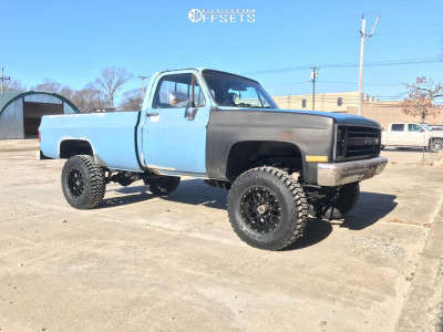 "1986 Chevrolet K20 - 17x9 -12mm - XD Xd820 - Suspension Lift 4"" - 35"" x 12.5"""