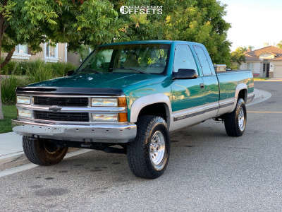 """1996 Chevrolet K2500 - 16x8 0mm - American Racing Outlaw Ii - Suspension Lift 2.5"""" - 305/70R16"""