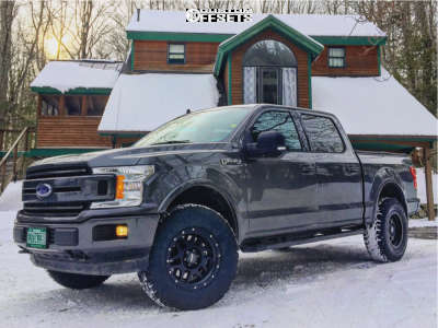 2019 Ford F-150 - 18x9 0mm - Pro Comp Series 41 - Stock Suspension - 295/70R18