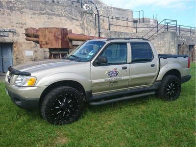 2004 Ford Explorer Sport Trac - 20x9 0mm - Gear Off-Road Kickstand - Leveling Kit - 275/55R20